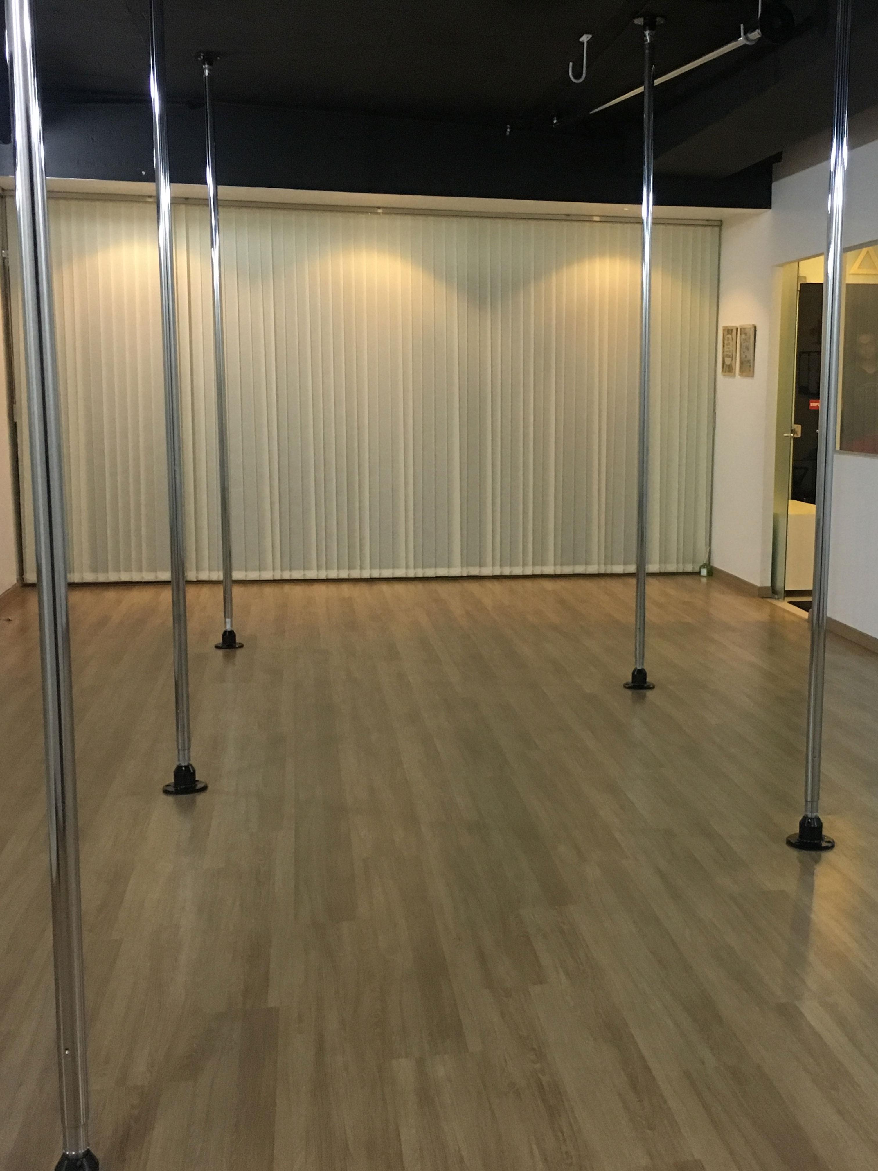 Acrobatik Pole & Dance